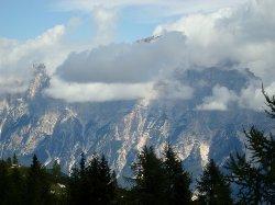 Vista sul Sorapiss e la Val d'Ampezzo