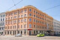 SemaraH Hotel Metropole