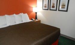 AmericInn Lodge & Suites Mora