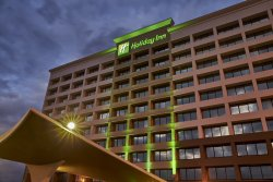 Holiday Inn Alexandria at Carlyle