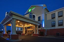 Holiday Inn Express Laurinburg