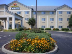 Holiday Inn Express Elkhart North - I-80/90 EX. 92