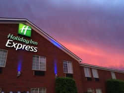 Holiday Inn Express Savannah-I-95 North