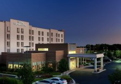 Hilton Garden Inn Lake Forest Mettawa