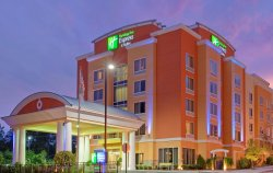 Holiday Inn Express & Suites Chattanooga Downtown
