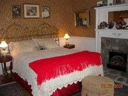 Lamplight Inn B&B