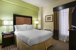 Holiday Inn Express & Suites Atlanta Downtown