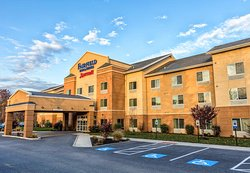 Fairfield Inn & Suites Harrisburg West