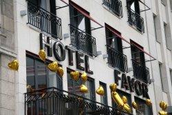 Hotel Favor