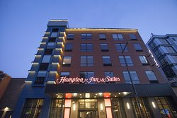 Hampton Inn and Suites Downtown St. Paul