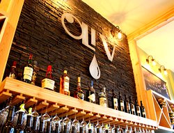 OLiV Tapas Bar & Restaurant at Strewn Winery