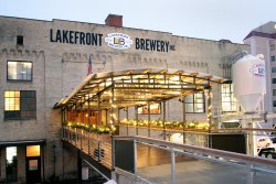 ‪Lakefront Brewery Beer Hall‬
