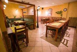 Cosmopolitan Cafe & Restaurant