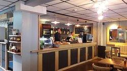 BR Cafe & Bistro