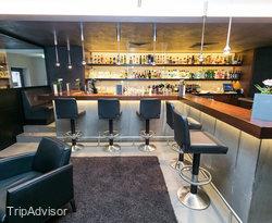 Bar Johann's at the BEST WESTERN PLUS Hotel Boettcherhof