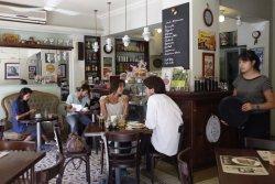 Cafe de la Barra