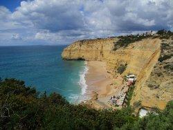 Praia do Vale de Centeanes