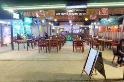 White Snapper Restaurant & Bar