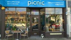 Picnic Cafe, Coffee Lounge & Deli