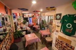 Romani Café 28