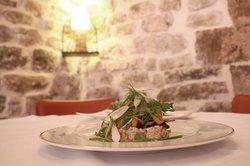 Tartare de truite et ses légumes fraîcheur