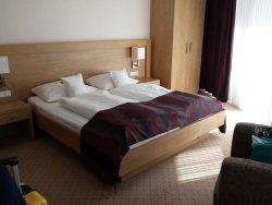 Schlafzimmer hell und freundlich