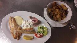 Knurrhahn Restaurant & Bierstube
