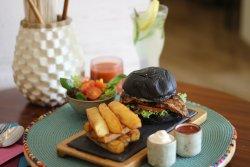 Ghinwa Restaurant