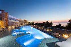 賽輪尼斯奧拉俱樂部酒店
