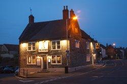 The Artisan Pub & Kitchen