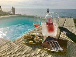 CalYpso Lounge Beach Bar Restaurant