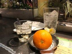サングリアと自家製レモンスカッシュ