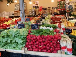 Fény utcai piac