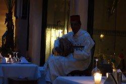 モロッコギターの演奏がありました
