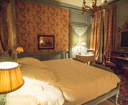 The Grand Double Deluxe Room at the La Mirande Hotel