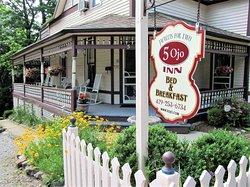5 Ojo Inn Bed and Breakfast