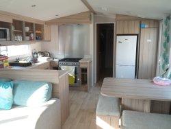 Stunning Caravan in Very Close Proximity to Beach!