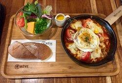 Reve Cafe - Yonghua Tainan