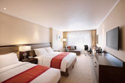 Deluxe Room, 1 King & 1 Single Bed