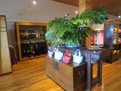 Sig Zane Hilo Store