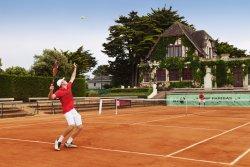 Tennis Country Club