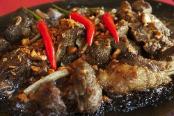 Sizzling Adobong Kambing (Goat Meat) with Fried Garlic