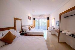 Sorabora Village Hotel