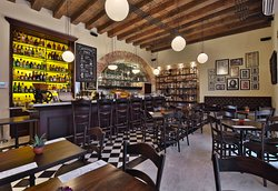 Epoca Espresso Bar - Arzobispado