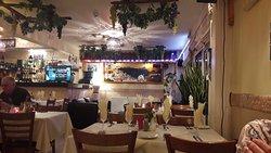 Lazaros Greek Taverna