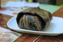 Rice dumpling (wrapped in lotus leaf)