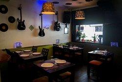 O Gasolinas - Restaurante & Bar