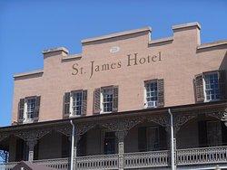 St James Hotel & Restaurant