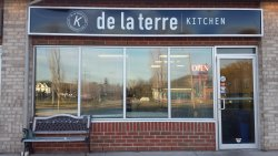 De La Terre Kitchen