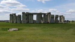 Stonehenge public footpath